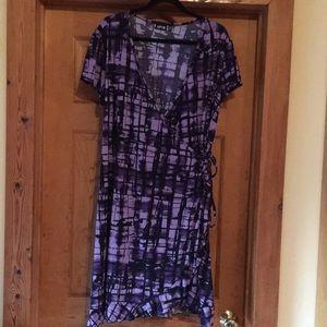 Apt. 9 purple and black print wrap dress 1X